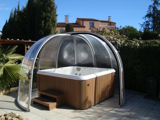 Abris spa rotonde abritello abri piscine spa terrasse for Piscine andrezieux