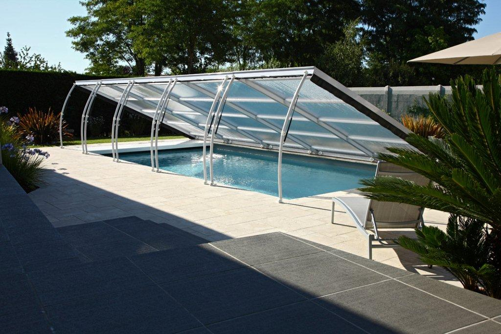 Abri piscine prima plat abritello abri piscine spa for Abris de piscine plat