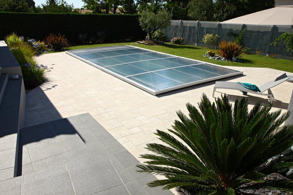 Abri piscine prima plat abritello abri piscine spa for Piscine andrezieux